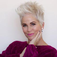 Really modern short hairstyles for older women - Neue Frisuren Haircut For Older Women, Pixie Hairstyles, Short Hairstyles For Women, Cool Hairstyles, Virtual Hairstyles, Ladies Hairstyles, Asian Hairstyles, Hairstyles 2018, Pixie Haircuts