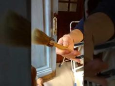 Cómo pintar una puerta de madera con Chalk Paint ~ OH My Chalk! Oh My Chalk, Diy Crafts, Youtube, Home, Painted Doors, Wooden Gates, Accent Pieces, Table And Chairs, Furniture Restoration