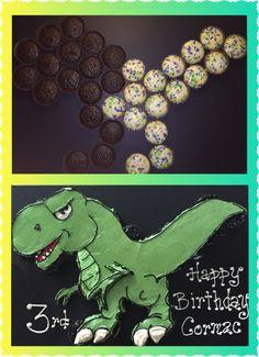 T-Rex dinosaur cupcake cake with cupcake pattern