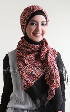Pixel Scarf, new collection from Ina's Scarf. Gorgeous! Details on www.hijup.com