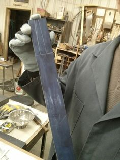 Knife Making class pictorial - Apparently Gil Hibben has a Knife-making school