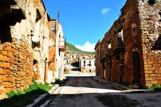 See 1 photo from 17 visitors to Poggioreale. Sicily Italy, Ghost Towns, Palermo, Places To Travel, Scenery, Italian Recipes, Memories, Memoirs, Souvenirs