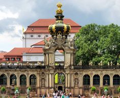 "Gefällt 192 Mal, 1 Kommentare - Gabriele Paesani 📷🌞🇮🇹 (@gabrielpae87) auf Instagram: ""Il fastoso palazzo dello Zwinger a Dresda. #dresden #dresda #dresdenzwinger #ig_germany…"""