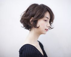 "here's the picture:"" Girl Short Hair, Short Curly Hair, Short Hair Cuts, Cut Her Hair, Love Hair, Medium Hair Styles, Curly Hair Styles, Shot Hair Styles, Hair Arrange"