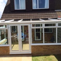 Upvc lean to conservatory with glass roof Orangery Conservatory, Lean To Conservatory, Conservatory Ideas, Upvc Porches, Bungalow Porch, Bungalow Extensions, Lean To Roof, Cottage Extension, Enclosed Patio