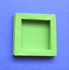 This guide will show you how to make a shadow box, a frame with depth, from paper or cardboard. It can be used to hang light weight three dimensional objects. Cardboard Picture Frames, Paper Frames, Diy Shadow Box, Shadow Box Frames, Kirigami, Diy Paper, Paper Glue, Paper Cards, Ideias Diy