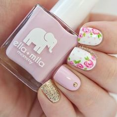 Soft Rose Nails by Paulinas Passions Rose Nails, Flower Nails, How To Do Nails, Fun Nails, Uñas Fashion, Fashion Design, Studded Nails, Nails Only, Spring Nails