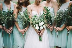 Bouquet Ideas: Green and White Organic Inspired Wedding - http://fabyoubliss.com/2015/07/02/green-and-white-organic-inspired-wedding