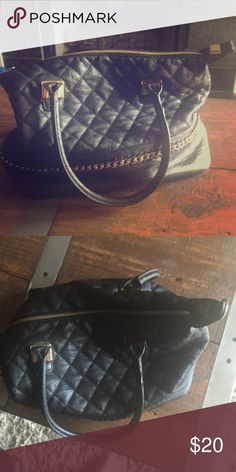 Black quilted satchel purse LD slouchy quilted black satchel purse with gold hardware, closes with zipper- great condition Laundry by Design Bags Satchels