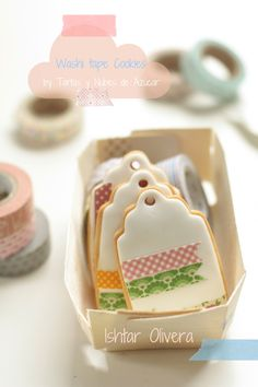 "Cookies shaped as tags and decorated with ""washi tape""! all edible of course! I suppose "" washi tape"" means to use ""wafer paper"" or ""rice paper"" Cupcakes, Cupcake Cookies, Sugar Cookies, Edible Cookies, Galletas Cookies, Cute Cookies, Biscuits, Cookie Time, Cookie Designs"