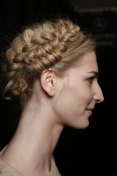 runway hairstyles | Spring 2014 Runway Braided Hairstyle (3)