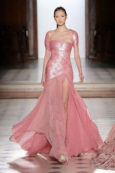 Tony Ward Spring/Summer 2018 Couture | British Vogue