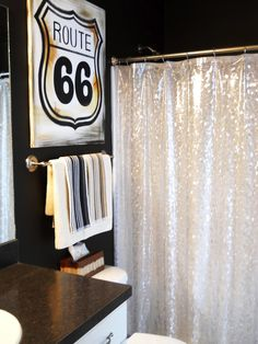 Lake Girl Paints: Route 66 - How to Paint a Canvas Sign Route 66 Decor, Route 66 Theme, Route 66 Sign, Diy Craft Projects, Home Projects, Home Furniture, Painted Furniture, Canvas Signs, Colorful Curtains