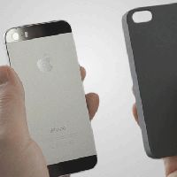 The Lunecase Alerts You When You Have a Call or Text Without Using Your Phone's Battery