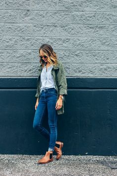 7b4af27a5f9 Anorak jacket + chambray button down + skinny jeans + brown ankle boots  Ankle Boots Outfit