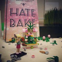 Lindsey Wells stumps for HATEBAKE  www.hatebake.me  #FOGCON #lego #author #books #SciFi #legos @lego_destraction #legogram #legostagram #legomania #legophotography