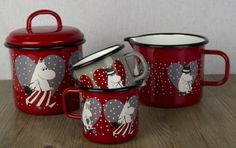 Muumi Sydän / Moomin Heart #Muurla #Muumimuki Les Moomins, Moomin Mugs, Tove Jansson, Hippopotamus, Marimekko, Glamping, Finland, Pots, Angels
