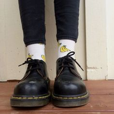 Doc's will always be my favourite.whether a normal shoe, a boot, or sandal,or a mule. Let's not ignore the socks as well. Dr Shoes, Sock Shoes, Cute Shoes, Me Too Shoes, Oxford Shoes, Dr. Martens, Doc Martens Oxfords, My Socks, Cool Socks