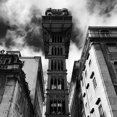 Elevador de Santa Justa #lisboa #architecture #amazing #black #white #travel #travelgram #photography #picoftheday #picture #instalike #instadaily #instagood #instagram #like4like #life #portugal