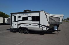 EPIC FAMILY CAMPER!!!  2015 Jayco Jay Feather Ultra Lite X19H This hybrid gives you the durability of a travel trailer and the flexibility of a pop up! Take a shower in the rays of the sun with the skylight over the shower! The pillow top mattress offers a great night's sleep anywhere. This rig is 20' long and has a shipping weight of 3,325lbs. Click the link for more details or Call our Jay Feather expert Ryan Coney 989-287-3810 for pricing and more information.