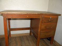 Small desk Gumtree South Africa, Buy And Sell Cars, Corner Desk, Furniture, Home Decor, Corner Table, Decoration Home, Room Decor, Home Furnishings
