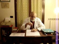 CORSI PENDOLO RADIESTESICO - Radiestesia Medica - Pendolino - Rev. Dr. Pietro Randazzo X.MPG - YouTube