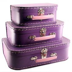 purple & pink luggage. love this retro mixed with modern look. so cool.