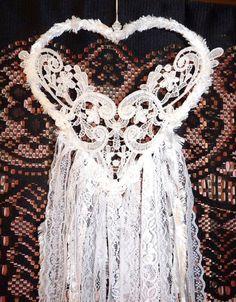 HANDMADE GORGEOUS WHITE HEART BRIDAL WEDDING GLITTER LOVE BOHO DREAM CATCHER                                                                                                                                                      More