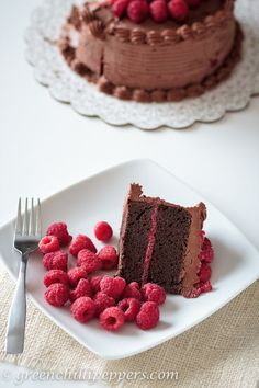 Green Chilli Peppers... !: Chocolate Raspberry Cake with Chocolate Cream Cheese Frosting