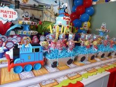 Hey, I found this really awesome Etsy listing at https://www.etsy.com/listing/228306649/thomas-the-train-cake-pops-24-pops
