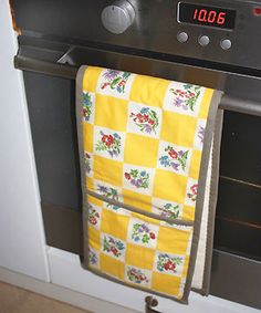 extra large oven glove - this may be an easy homemade gift for bridal showers/housewarming parties