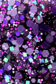 Hello, I hope you had a nice weekend! I've already made some glitter macro wallpapers for phones and as you liked them, I've decided to...