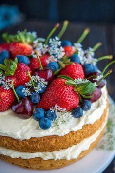 thegiftoffood: Summer-fruit shortcake with mascarpone / suggested recipe via Epicurious