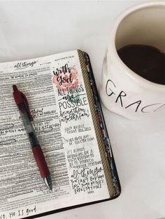 Meditate the bible daily! Faith Scripture, Scripture Study, Bible Art, Devotional Bible, Bibel Journal, Bible Doodling, Bible Study Journal, Art Journaling, Bible Notes