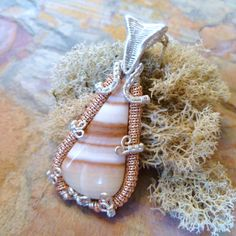 Banded Onyx by Julie Lockhart of Copar Aingeal