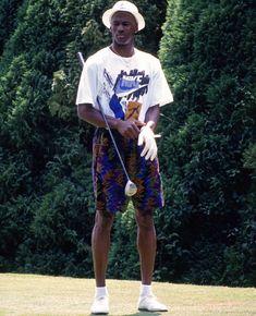 Michael Jordan on the course. Jordan Fashions, Jordan Outfits, 80s And 90s Fashion, Golf Fashion, Mens Fashion, Michael Jordan Golf, Nba Kings, Snowboard Girl, Girls Football Boots