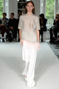 Thomas Tait Spring 2014 Ready-to-Wear Collection