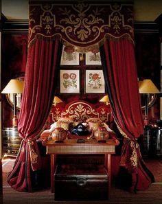 . Elegant Home Decor, Elegant Homes, Old World Bedroom, World Decor, Red Rooms, Beautiful Bedrooms, Beautiful Beds, Romantic Bedrooms, Beautiful Life