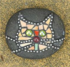 Joooles Design Mosaic Adventures: Mosaic Rocks