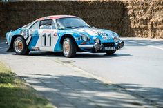 """Classic Days 2013 - """"The Young Wildes"""" Renault Alpine"""