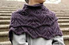 Tulipetta Shawl - Knitting Patterns by Quenna Lee