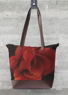 Foldaway Tote - red orange floral tote by VIDA VIDA KrJ5MuTS