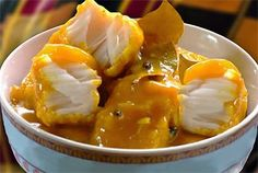 Cape Malay Pickled Fish Recipe from South Africa. Kaapse Karrievis (Cape Curried Fish) Read More by roelinagreeff Fish Recipes, Seafood Recipes, Indian Food Recipes, Cooking Recipes, Recipies, Braai Recipes, Tilapia Recipes, Curry Recipes, Salmon Recipes