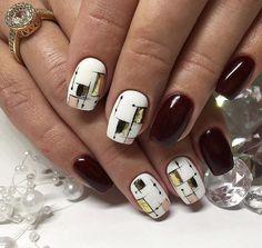 How to easily remove the semi-permanent nail polish? - My Nails Hot Nails, Nude Nails, Swag Nails, Hair And Nails, Beautiful Nail Art, Gorgeous Nails, Pretty Nails, Nailart, Geometric Nail