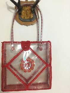 Card Basket, Bottle Bag, Go Green, Plastic Bottles, Clothing Patterns, Gift Tags, Diy And Crafts, Mandala, Greeting Cards