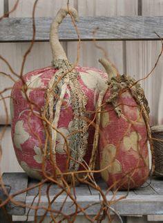Primitive Pumpkin, Primitive Crafts, Primitive Christmas, Primitive Decorations, Wood Pumpkins, Fabric Pumpkins, Fall Pumpkins, Velvet Pumpkins, Cowboy Christmas