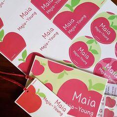 Para Maia fueron manzanas... solo frutas frescas para este verano   #personalizado #escolar #kitsescolares #marcamaletas #marcaropa #adhesivos #stickers   http://www.facebook.com/mycoconino   http://www.coconino.com.co