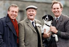 All Creatures Great And Small stars Timothy Christopher, Robert Hardy and Peter Davidson. I LOVED THIS SHOW