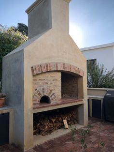 Pizza oven/ braai by Garden Bleu Pizza Oven Outside, Pizza Oven Outdoor, Outside Living, Outdoor Living, Built In Braai, Fire Pit Grill, Four A Pizza, Outdoor Retreat, Home Staging
