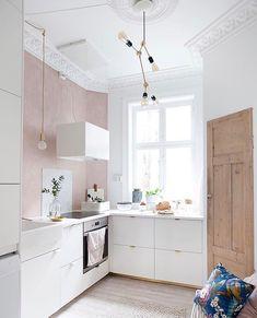 """13 curtidas, 1 comentários - Marte Kihl (@comakihl) no Instagram: """"Blush kitchen crush Det er kanskje ingen overraskelse at jeg elsker kjøkkenet til @emabihor ✨…"""""""